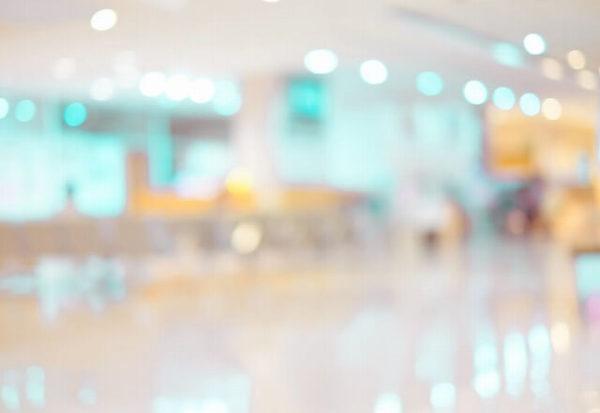42824290_m-1-1-600x413 【皮膚科医推奨】ニキビ・ニキビ跡を治すなら~おすすめの治し方全集