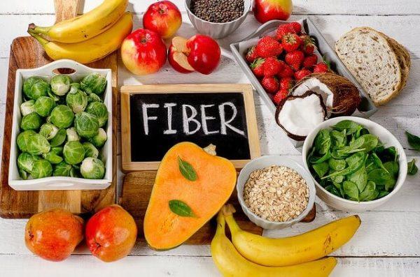 63649162_s-1-600x397 毎日摂って便秘を解消!便秘解消に効果的な5つの食べ物って?