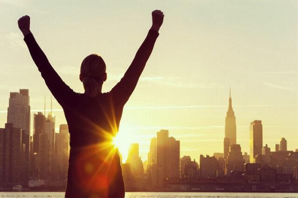 47468715_s-1-600x399 朝の習慣を変えるだけで人生が変わる!9つのやっておきたい朝の習慣