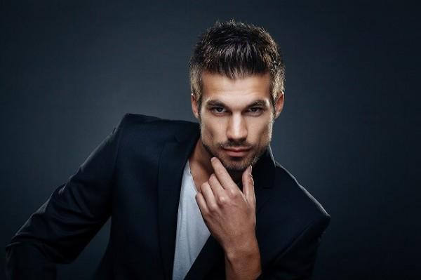 Dollarphotoclub_93565474-1-600x399 【ヒゲ】第一印象が変わる!今すぐに始められる5つの青髭対策とは?