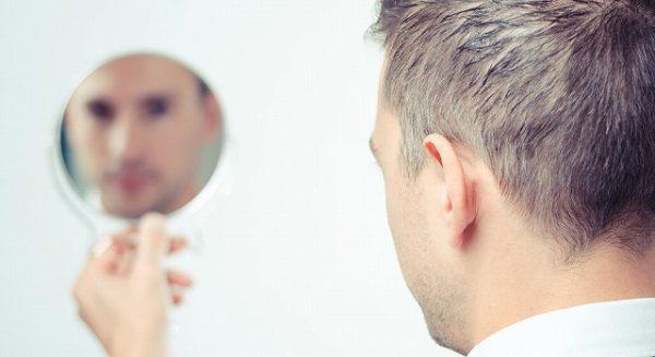 43277081_m-1-600x327 男性も必見!眉毛を再び生やす5つの方法!太い眉毛を取り戻すには?