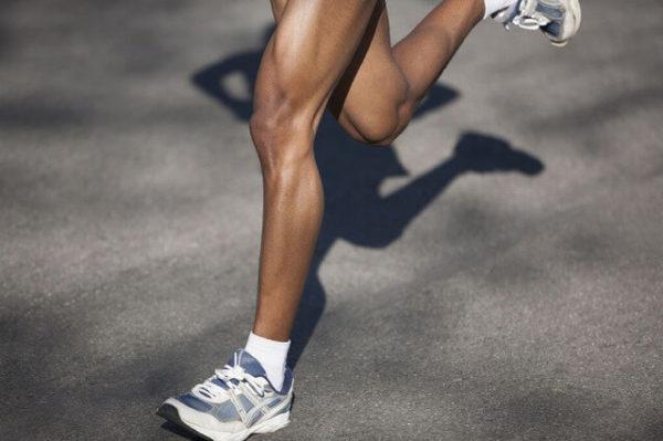 38756390_m-1-1-600x399 【メンズ】足の脱毛をするならどの方法がおすすめなの?