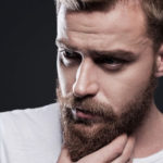 32264137_s-1-150x150 正しい髭の剃り方と、正しいカミソリの使い方…4ステップ!